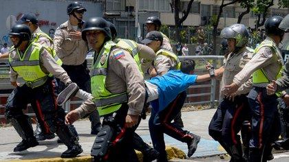 Miles de venezolanos fueron detenidos por el régimen chavista en tresmeses de marchas