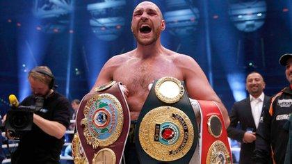 Tyson Fury quiere recuperar sus cinturones (Rueters)