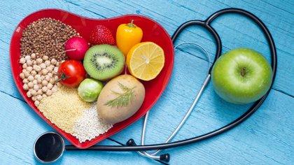 Es importante llevar una dieta sana para reducir los eventos de ataque cardíaco