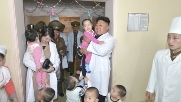 El actual líder Kim Jong Un se ha referido numerosas veces a la necesidad de encarar el desarrollo económico como prioridad. Pero el programa militar está más fuerte que nunca