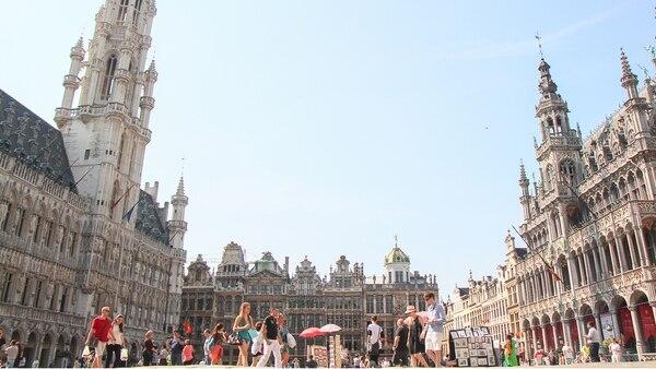 En Bélgica, la ciudad de Bruselas es una de las más conocidas por alzar la bandera por los derechos de los animales (Getty Images)