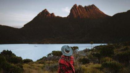 Cradle Mountain Cradle Mountain Lake St Claire National Park Tasmania (Tourism Australia)