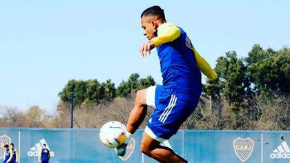 Sebastián Villa sumó sus primeros minutos de fútbol en el amistoso de ayer ante Arsenal de Sarandí (Foto: Boca Juniors)