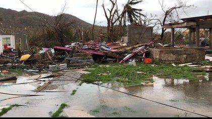 Casas destruidas en Santa Catalina, tras el paso del huracán Iota.  Foto: Twitter Mar Ja José Pizarro.