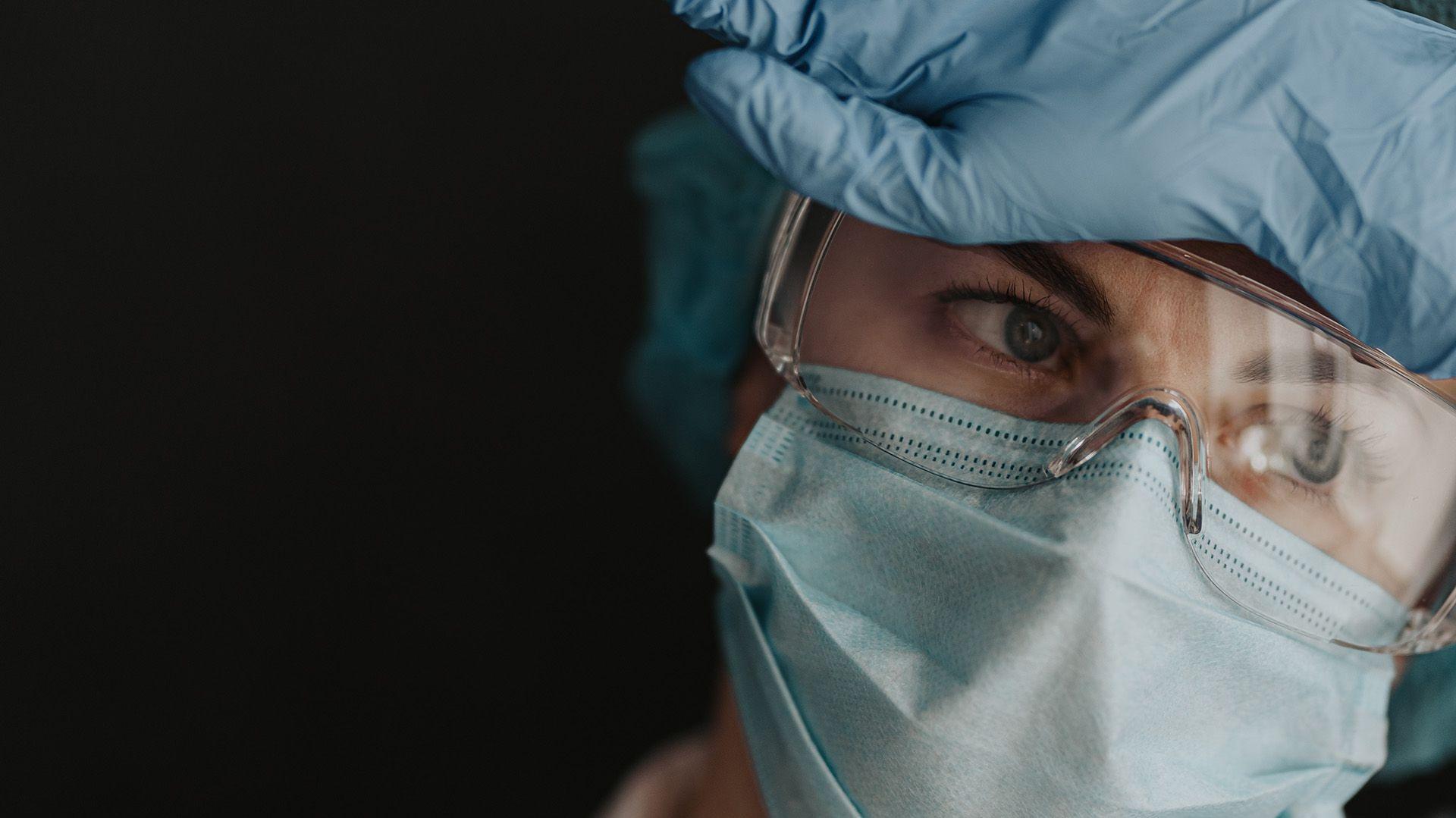 Médicos estrés coronavirus 1920x1080