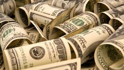 La demanda por dólar Bolsa llevó a esa cotización paralela legal de $72 a $80 por unidad