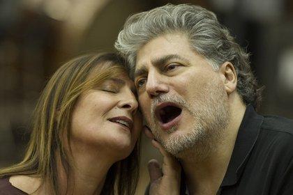 """María Pía Piscitelli y José Cura ensayando """"Andrea Chénier"""" Fotos: Arnaldo Colombaroli / Prensa Teatro Colón"""