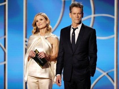 Kyra Sedgwick y Kevin Bacon hace una semana en la entrega de los Globos de Oro (Foto: REUTERS)