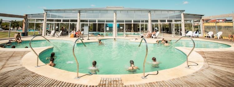 Las termas, un lugar ideal para relajar y hacer de la hidroterapia