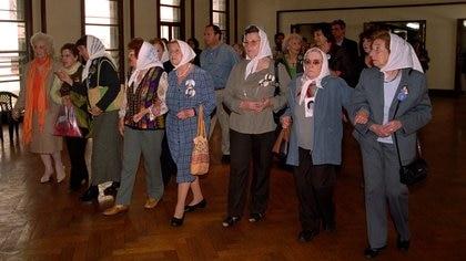 Durante el acto de entrega de las instalaciones de la antigua ESMA.