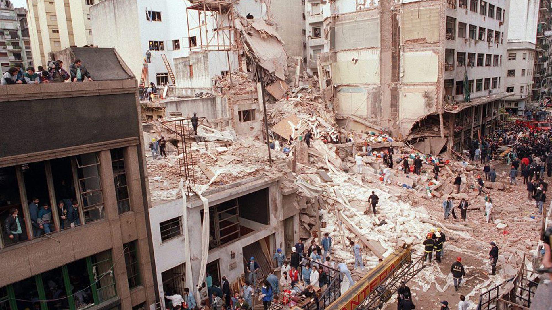 El atentado a la AMIA ocurrió el 18 de julio de 1994. Anita estaba en el fondo, por eso se salvó.