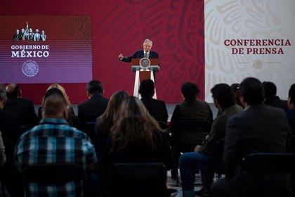 """López Obrador se ha referido a la prensa como """"prensa fifí"""", """"el hampa del periodismo"""", expresiones despectivas para desprestigiar (Foto: Cortesía Presidencia)"""
