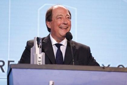 Ernesto Sanz conversó con funcionarios del Gobierno antes del envío de la reforma