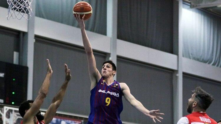 El cordobés tuvo un paso fugaz por Bahía Basket en la Liga Nacional argentina y luego fue adquirido por el equipo culé (FC Barcelona)