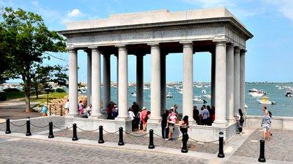 El pórtico dela roca de Plymouth, donde llegaron los peregrinos (Shutterstock)
