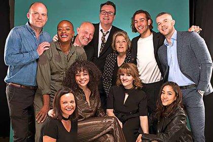 Los actores de la serie con Russell T. Davies