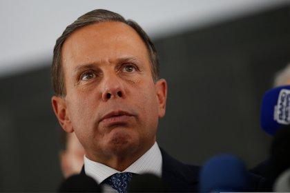 Joao Doria, ex aliado de Bolsonaro, está a favor de la obligatoriedad de la vacuna (Reuters)