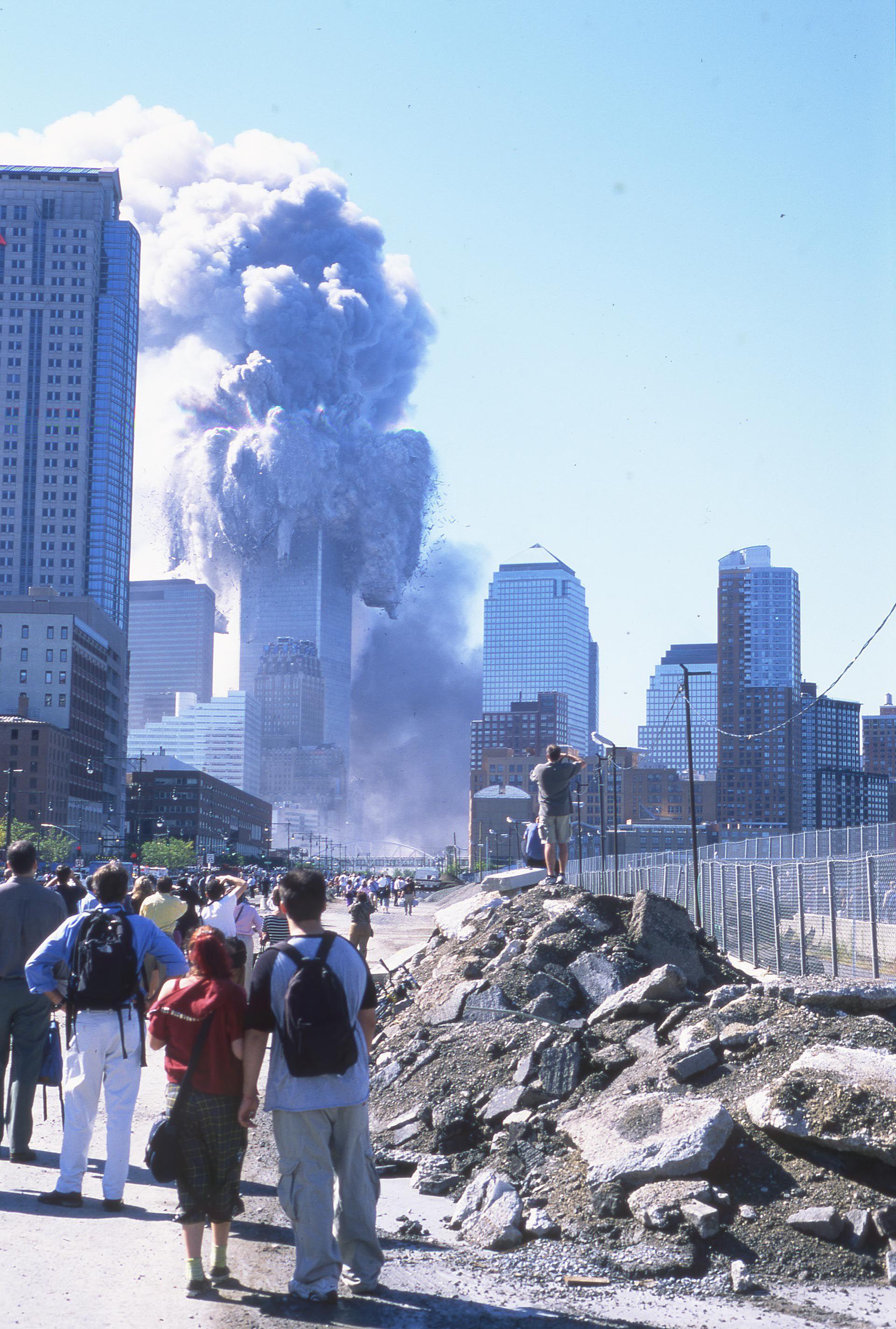 """Documental """"A cuatro cuadras de las torres: El 11 de septiembre en Stuyvesant"""""""