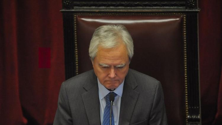 Pinedo encabeza la negociación por los pliegos a tratar en el Senado