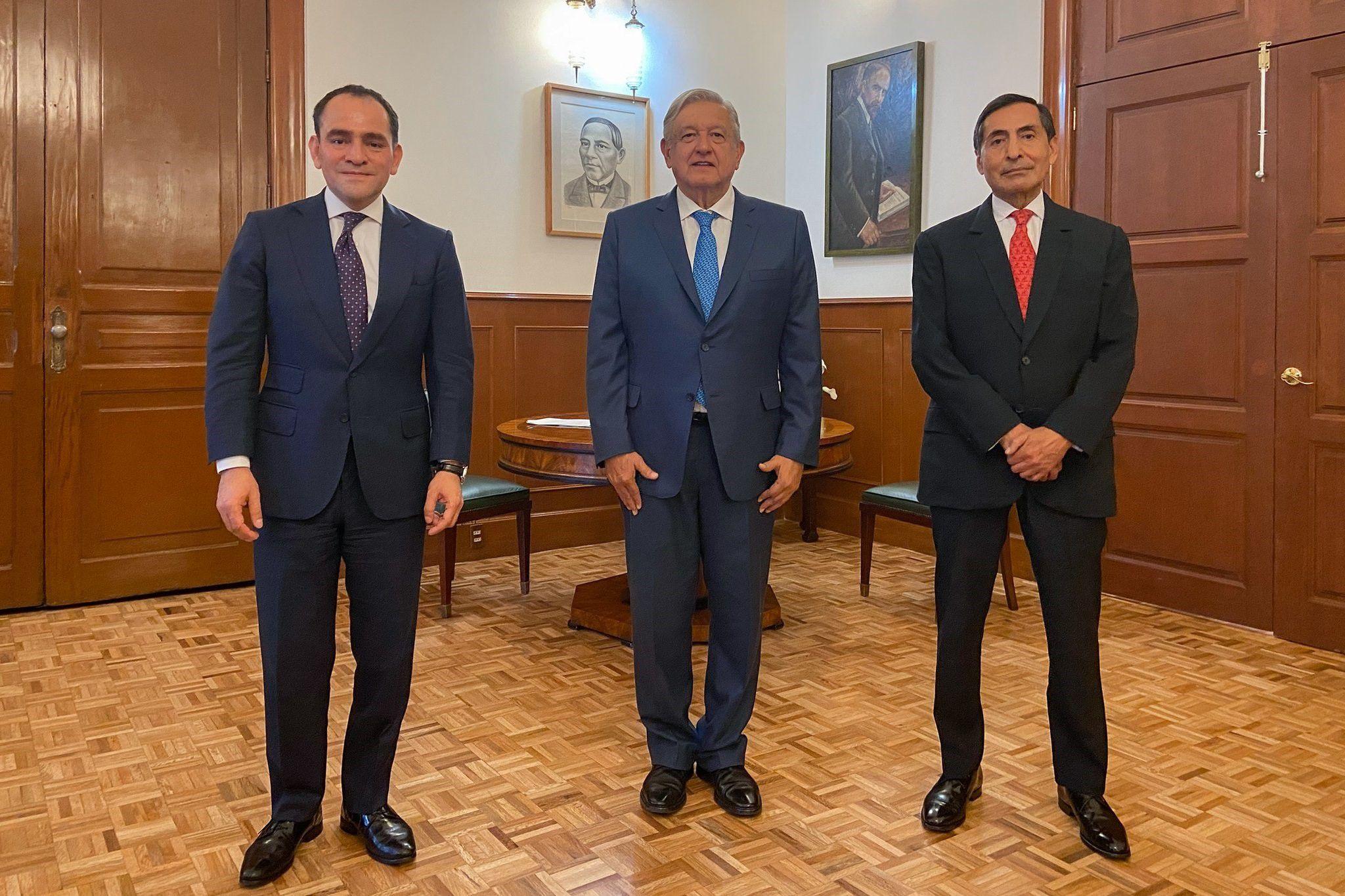 Arturo Herrera, Andrés Manuel López Obrado y Rogelio Ramírez en Palacio Nacional (Foto: Twitter/López Obrador)