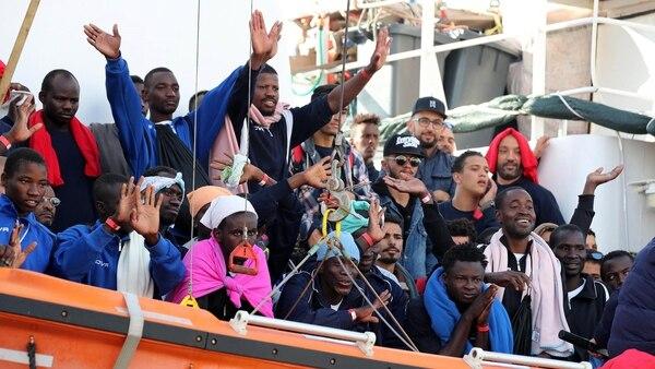El total de los rescatados esta semana es de 640 personas, 141 de ellos, menores de edad (EFE)