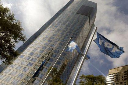 La sede de la YPF en Buenos Aires