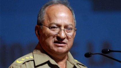 El ministro de las Fuerzas Armadas de Cuba, Leopoldo Cintra Frías