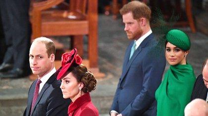 El último evento oficial de los duques de Sussex con la familia real (AFP)