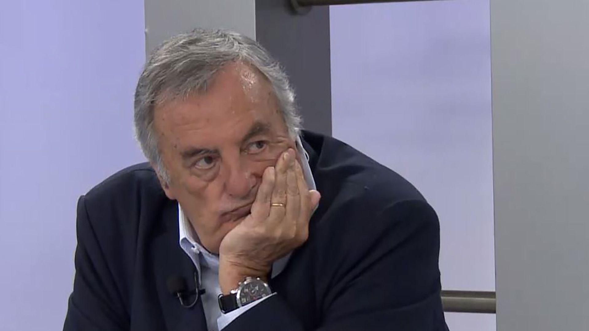 """En los últimos cinco meses, """"Charly"""" Fernández ya no estaba al aire"""