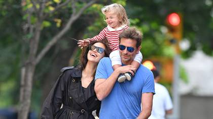 Bradley Cooper and Irina Shayk with her daughter Read Of Seine in New York. Despite the fact that your relationship did not work, the model still feels