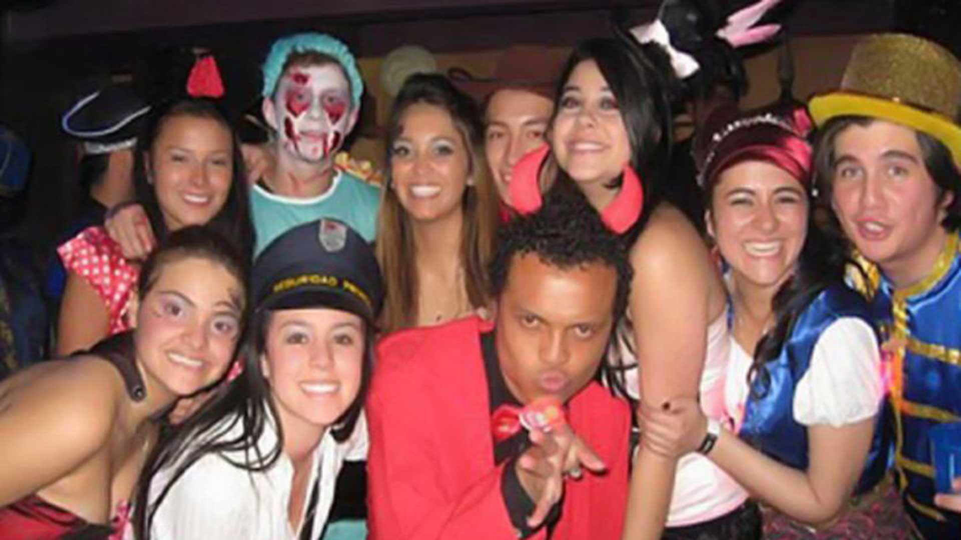 La noche de la muerte de Luis Andrés Colmenares departía en una fiesta de Halloween con un grupo de compañeros de universidad.