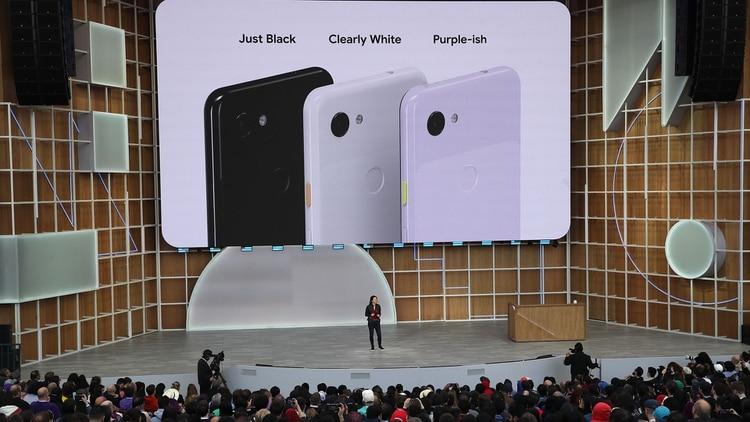 Google presentó los celulares Pixel 3a y 3a XL que vendrán en tres colores (AFP)