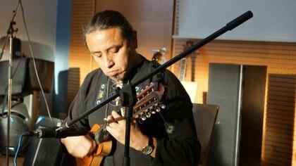 Julio Mendivil