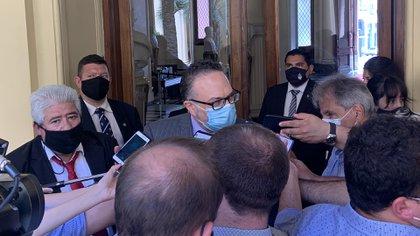 El Ministro de Desarrollo Productivo, Matías Kulfas, al hablar con los periodistas en la Casa Rosada, una vez concluida la reunión con los empresarios