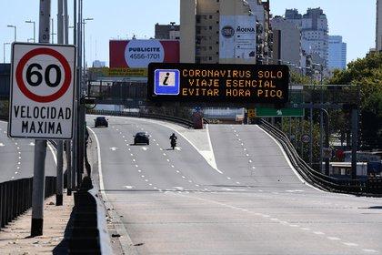 El Puente Pueyrredón será uno de los 13 accesos que estarán disponibles para la circulación de transporte público y autos particulares (Maximiliano Luna)