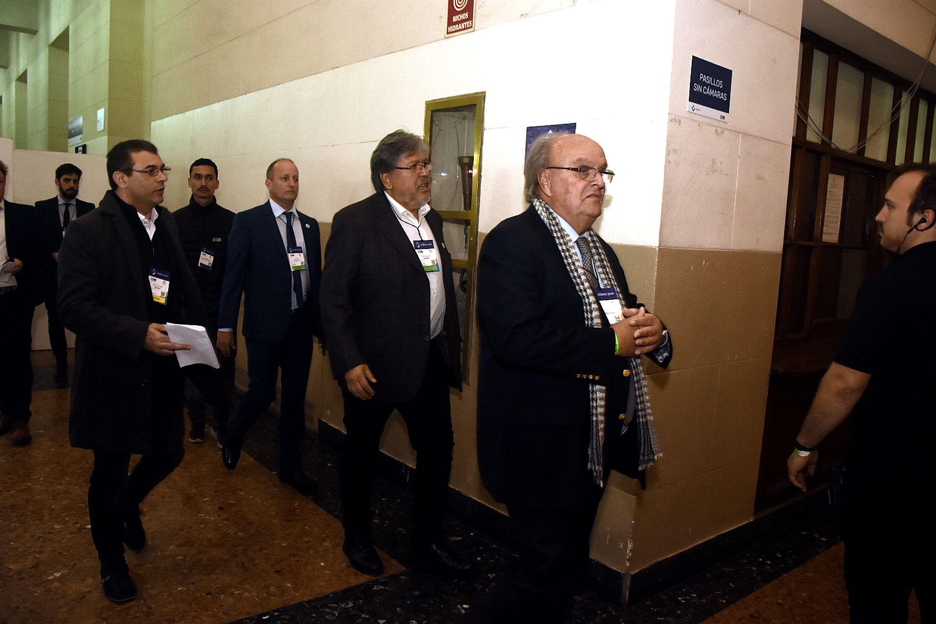 "José Ignacio de Mendiguren, Fernando ""Chino"" Navarro, Martín Insaruralde"