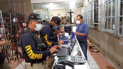 La operación en Bolivia (Interpol)