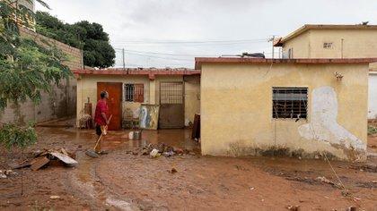 Fuertes lluvias han dejado varias poblaciones de Venezuela inundadas