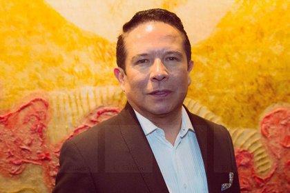 Gustavo Adolfo Infante dio voz a su abogado en su programa y dio a conocer que ganó el juicio contra la actriz (Foto: Instagram @el_cuadro_mx)