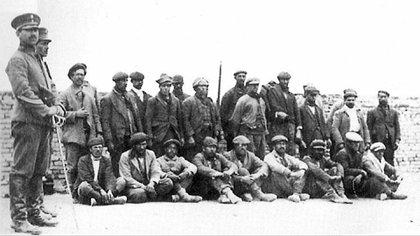"""Luego de una huelga de trabajadores, tuvo lugar la llamada """"Patagonia Rebelde"""", donde fueron fusilados cientos de obreros en Santa Cruz"""