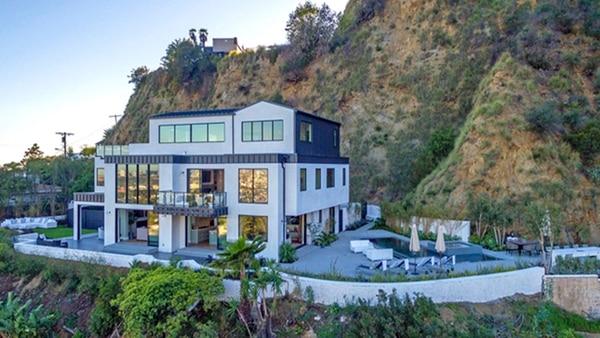 Demi Lovato puso a la venta la mansión donde casi pierde la vida
