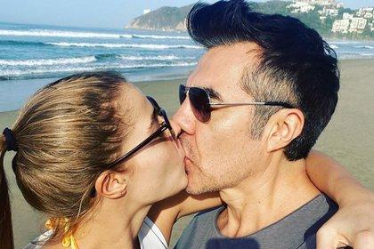 Adrián Uribe dijo que su novia es la mujer que le cambió la vida (IG: adrianuribe)