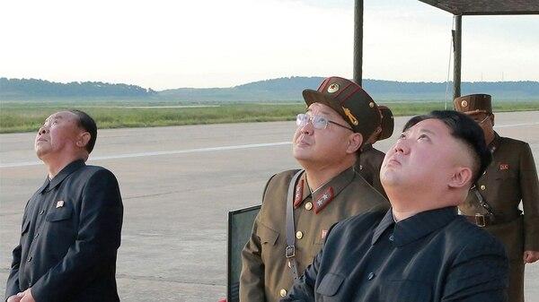 ¿Una inminente Guerra Mundial? - Página 24 Misiles-corea-del-norte-1920-6