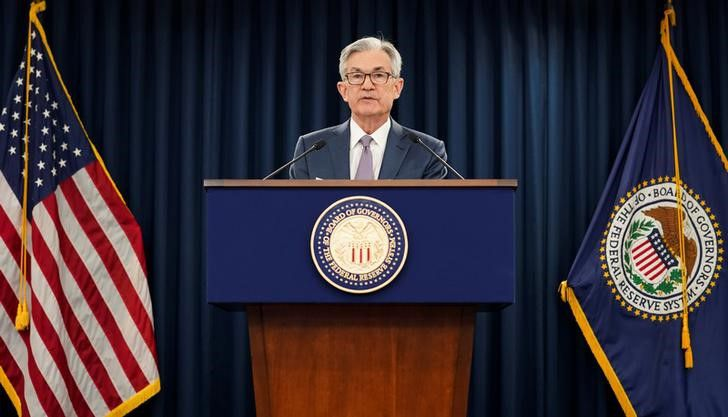 Foto de archivo del presidente de la Fed, Jerome Powell, en una rueda de prensa en Washington.  Mar 3, 2020. REUTERS/Kevin Lamarque