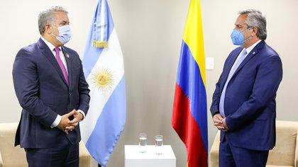 """Dura respuesta de Colombia a Alberto Fernández por sus dichos sobre las manifestaciones: """"Una intromisión que alimenta la polarización"""""""