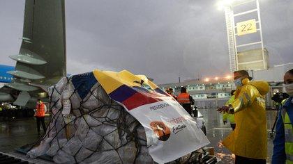 Según las autoridades ecuatorianas, el país invertirá unos 200 millones de dólares en la adquisición de vacunas contra el COVID-19 (Reuters)