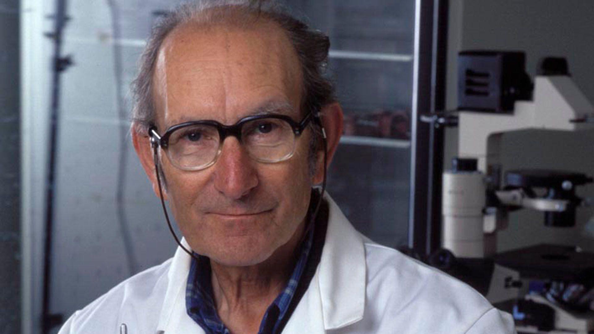 El gran hallazgo del argentino César Milstein fue descubrir el principio que rige la producción de los anticuerpos monoclonales