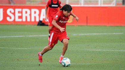 """Quién es Luka Romero, el """"Messi mexicano"""" que juega en la selección de Argentina (Foto: Twitter/ @lukaromero_)"""