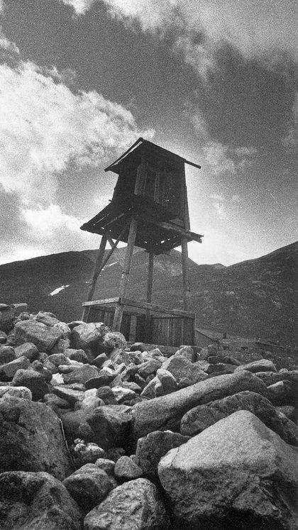 Un puesto de vigilancia en los campos de concentración soviético (Granger/Shutterstock)