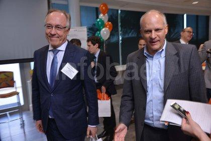 Nielsen junto al director de la división Hemisferio Occidental del FMI, Alejandro Werner, en una reciente reunión en Miami.